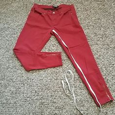 Maroon Pants MAROON Pants Size 29 Inseam 27 Good condition Forever 21 Pants
