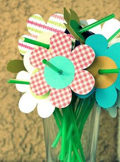 Click pic for 28 Spring Crafts for Kids - Spring Straw Flowers   Spring Craft Ideas for Preschoolers