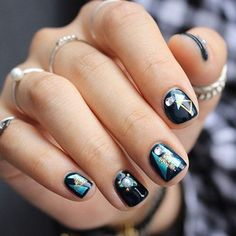 THIS Is the Newest Korean Beauty Trend That You Need to Know via Brit + Co These pretty digits will keep you double-tapping. Korean Nail Art, Korean Nails, Clear Nail Designs, Nail Art Designs, Nails Design, Nail Manicure, Nail Polish, Gel Nails, Brit