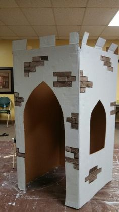 Castle made from fridge box. Other options for Halloween.