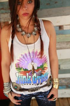 armadillo sunset souvenir junk gypsy tee with our hot, blue & righteous sequin pants {junk gypsy co}