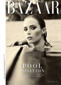 Emily Blunt na capa da Harper's Bazaar Austrália, novembro 2012. Blunt Force'. Estilo é de Thelma McQuillan e os cliques de Jason Bell.