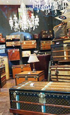 -vintage travel trunks at Paris flea market--- oh these are incredible. Would love to go here....ms