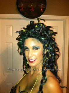 Coolest Homemade Medusa Costume... This website is the Pinterest of costumes