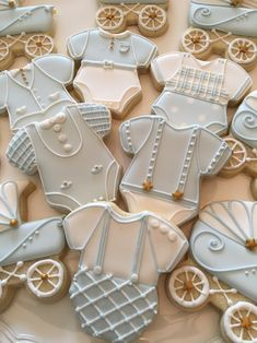 The best baby shower cookies for boy babies, baby shower cookies for girl babies and neutral baby shower cookies. From decorated baby shower cookies with royal icing, fondant baby shower cookies, simple baby shower cookies so much more! Baby Boy Cookies, Onesie Cookies, Blue Cookies, Baby Shower Cookies, Sugar Cookies, Baby Boy Cupcakes, Ladybug Cupcakes, Kitty Cupcakes, Snowman Cupcakes