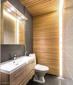 Small Bathroom, Bathrooms, Corner Bathtub, Bathroom Lighting, Saunas, Toilets, Mirror, Furniture, Home Decor