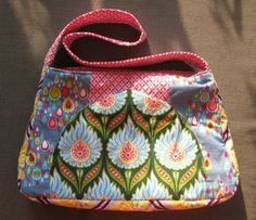 Handtasche / Tasche / Täschchen aus Fat Quatern nähen / Schnittmuster / Anleitung / Ebook / Tutorial, Freebie / Freebook, purse / Bag sewed from fat quaters / free instructions