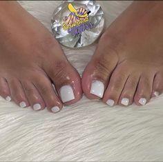 Acrylic Toe Nails, Short Square Acrylic Nails, Aycrlic Nails, Hair And Nails, Coffin Nails, Stylish Nails, Trendy Nails, Pretty Pedicures, White Nail Polish
