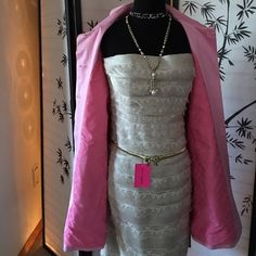 Cute COACH RainJacket Coat Pretty in Pink  Cute COACH RainJacket Coat Pretty in Pink  In Pristine condition only worn twice ~ I received so many compliments on this one ~ so cute with a pair of jeans and geeks too ~ just a perfect spring /summer coat ~☀️ Coach Jackets & Coats Trench Coats