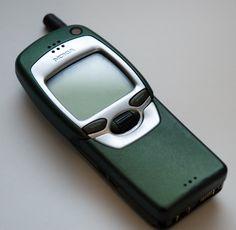 Nokia 7110 - closed