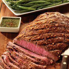 Das Rezept für Flank Steak in Thai Marinade und viele weitere köstliche Grill Rezepte finden Sie im Springlane Magazin.