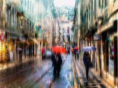 Oil paintings or photographs?  These rainy day scenes are breathtaking. http://photoshoproadmap.com/photography-meets-impressionism-with-these-spellbinding-photos/?utm_campaign=coschedule&utm_source=pinterest&utm_medium=Photoshop%20Roadmap&utm_content=Photography%20meets%20Impressionism%20with%20these%20spellbinding%20photos