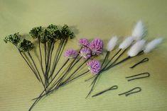 花かんむりの作り方。 : 花屋「ニコグサ」やってます。 Bobby Pins, Hair Accessories, Hairpin, Hair Accessory, Hair Pins