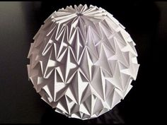 Make an Origami Magic Ball Like to make things out of paper ? Here is an awesome tutorial to teach you how to make an origami Magic . Origami Ball, Origami Paper Folding, Origami And Kirigami, Origami Dress, Oragami, Origami Design, Origami Instructions, Origami Tutorial, Diagrammes Origami