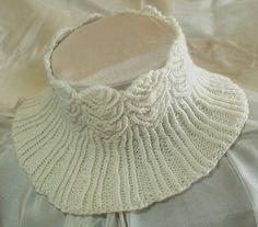 Filigree Lace Neck Warmer pattern by Jackie Erickson-Schweitzer #knit