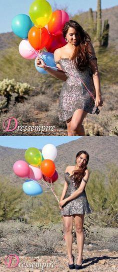 Fashion Blogger Jesa Townsend wears a Shail K dress!