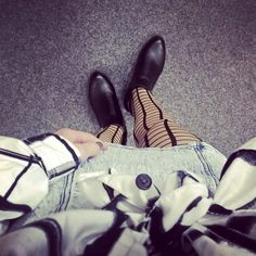 """//Outfit of the day - """" Check Contrast""""  Strumpfhose: Kunert, Hemd: s.Oliver, Kleid: Primark, Schuhe: Haileys  xoxo loo"""