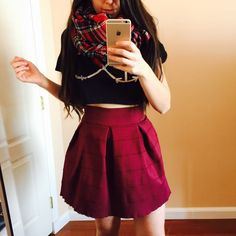 Curvy Outfit Ideas | Petite Outfit Ideas | Plus Size Fashion | Summer Fashion | OOTD | Professional Casual Chic Fashion and Style Inspiration | How to Style a Black Crop Top and a burgundy skirt