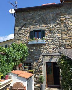 Lunigiana house