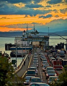 Fabulous shot from the West Seattle Herald's Kimberly Robinson.