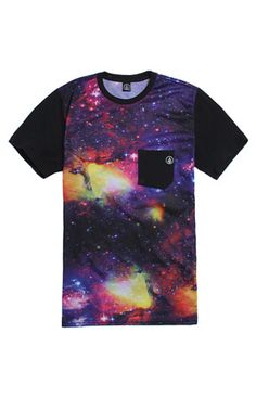 PacSun presents the VolcomNewboola Multi Pocket T-Shirt for men. This cosmic men's t-shirt comes with a comfortable feel, starry print, and Volcom logo on the black chest pocket.   Multi color tee Volcom logo on the chest pocket Crew neck Short sleeves Regularfit Machine washable 100% cotton Imported