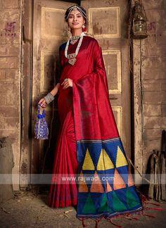 Raw Silk Woven Saree... Raw Silk Saree, Silk Sarees, Indian Party Wear, Indian Wear, Latest Sarees, Sari Fabric, Fabric Art, Handloom Saree, Kurti