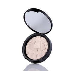 Anastasia Beverly Hills Illuminators - Starlight (white gold) Like a filter for your complexion, this brush-on highlighter contains a mosaic of brightening powders that impart a lit-from-within glow.