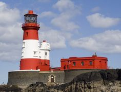Picture - Lighthouse in the Farne Islands. England | PlanetWare