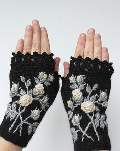 Knitting Patterns Gloves Hand Knitted Fingerless Gloves, Gloves & Mittens, Gift Ideas For Your Winter Accessories Crochet Gloves Pattern, Crochet Mittens, Hand Crochet, Crochet Lace, Hand Knitting, Knitting Patterns, Knitting Accessories, Winter Accessories, Handmade Accessories