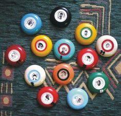 a gombfocit is szerettük /// button football 80s Design, Old Toys, Budapest, Old School, Childhood, History, 3, Vintage, Memories