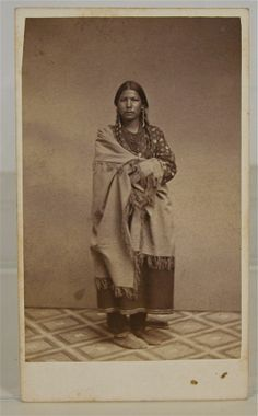 1860's NATIVE AMERICAN SIOUX INDIAN MAIDEN U-SE-DO-HA CDV PHOTO By WHITNEY  Very Rare and original, early 1860's Native American Mdewakanton Dakota Sioux Indian CDV Photograph of the beautiful, young Sioux maiden U-Se-Do-Ha by Joel E. Whitney. U-Se-Do-Ha was from the Kaposia village of the Mdewakanton Dakota Head Chief Little Crow.