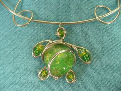 Sea Turtle of Wire and Green Bead Pendant Necklace and Earrings by NOLAdreamers on Etsy