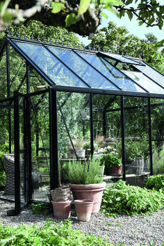 #greenhouse #black #aluminum https://www.polycarbonatesale.com/greenhouses.html