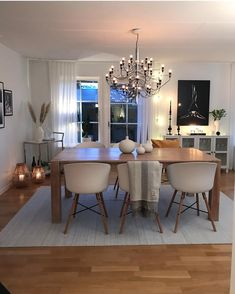 Inspiration ✨ Good night from Nikoi, Indonesia 🇮🇩 This stunning and cozy living room belongs to my sweet Swedish friend 🙌🏼… Deco Led, Salons Cosy, Cozy Living Rooms, Room Inspiration, Home Furniture, Dining Table, Lunch, Interior Design, Kitchen