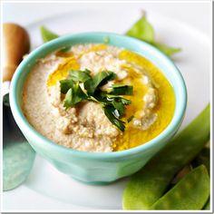 the secret to creamy homemade hummus