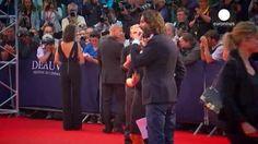 Jessica Chastain, invitada de honor al Festival de Cine Americano de Deauville Un año más y como desde hace cuatro décadas, la localidad normanda de Deauville celebra el Festival de Cine Americano. Durante diez días actores y directores de todo el mundo s