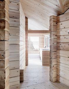 aslak haanshuus arkitekter architects fuses three log cabins to create lakeside retreat in norway Lakeside Cabin, Old Cabins, Norwegian Wood, Getaway Cabins, Winter Cabin, Wood Interiors, Tallit, Cozy Cottage, Rustic Furniture