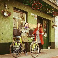 Comparte tus momentos #ruzafagente con nosotros. 🔝📷@ciaobike  El barrio de Ruzafa es lleno de gente bonita!! #ciaobike #ruzafa #ruzafagente #gente #vecino #gentebonita #happiness #gracias