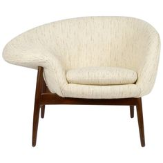 Hans Olsen Fried Egg Chair | See more antique and modern Lounge Chairs at https://www.1stdibs.com/furniture/seating/lounge-chairs
