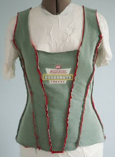 Just what I didn't know I needed: an Alabama Chanin-style donut-themed corset. Well, I have one now. Found the Krispy Kreme shirt at the . Custom Clothes, Diy Clothes, Long Denim Skirt Outfit, Pleasant View Schoolhouse, Cute Nike Outfits, Diy Corset, Shirt Transformation, Alabama, T Shirt Crop Top