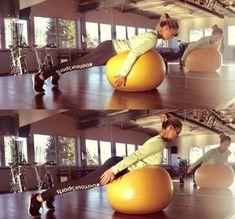 Gymnastikball Übung: Pinguin