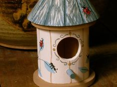 Birdhouse With Ants And Ladybugs, Round Wood Birdhouse, Birdhouse With Insects, Decorative Birdhouse, Hand Painted Birdhouse Large Bird Houses, Bird Houses Painted, Decorative Bird Houses, Bird Houses Diy, Painted Birdhouses, Crackle Painting, Daisy Painting, Birdhouse Designs, Birdhouse Ideas