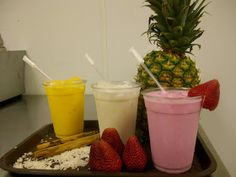 DÍA 23   27 de enero    En México son tradicionales las aguas frescas de frutas naturales.    Grado de dificultad: Bajo   Porción:  2 galone...