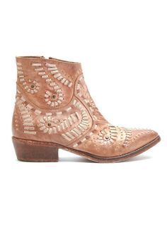 """Fiesta stitched western boot by Matisse Footwear Upper: leather Outsole: leather Shaft Height: 6"""" Shaft Circ.: 10.5"""" Heel Height: 1.5"""" - stitched western boot - intended distressed appearance - leathe"""