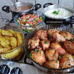 Chicken Wrap Recipes, Deli Food, Healthy Family Meals, Cooking Recipes, Healthy Recipes, Food Platters, No Cook Meals, Food Inspiration, Portuguese Recipes