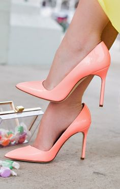 Fab coral #heels #shoes #fashion