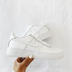 🤍 Sneakers, Shoes, Fashion, Tennis, Moda, Slippers, Zapatos, Shoes Outlet, Fashion Styles