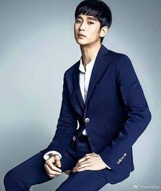 Encantador 💙 #KimSooHyun Asian Actors, Korean Actors, You From Another Star, Dong Gu, Drama Words, Hallyu Star, New Actors, Dream High, Classy Men