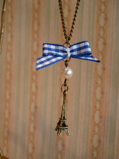 Paris Eiffel Tower Necklace by DaydreamBoutiqueShop on Etsy, £5.00