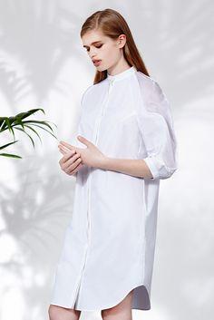 Chalayan Resort 2014 Fashion Show Vogue Fashion, Fashion Show, Fashion Details, Fashion Design, Daytime Dresses, White Shirts, Plain Shirts, Fashion Fabric, White Outfits